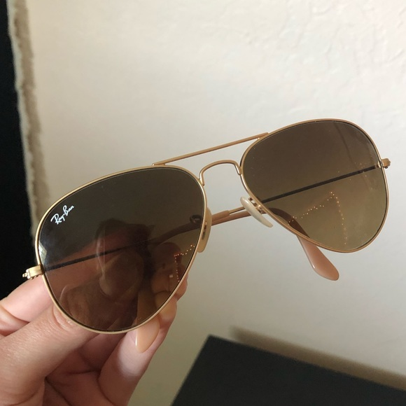 ray ban gold frame aviator sunglasses